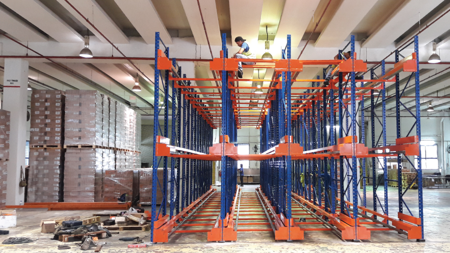 Radio Shuttle Racking System 5