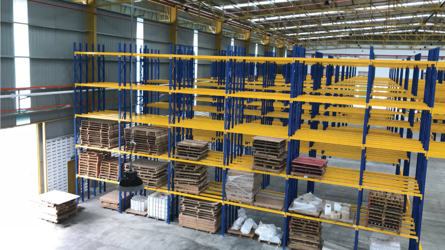 Selective Pallet Racking System 2